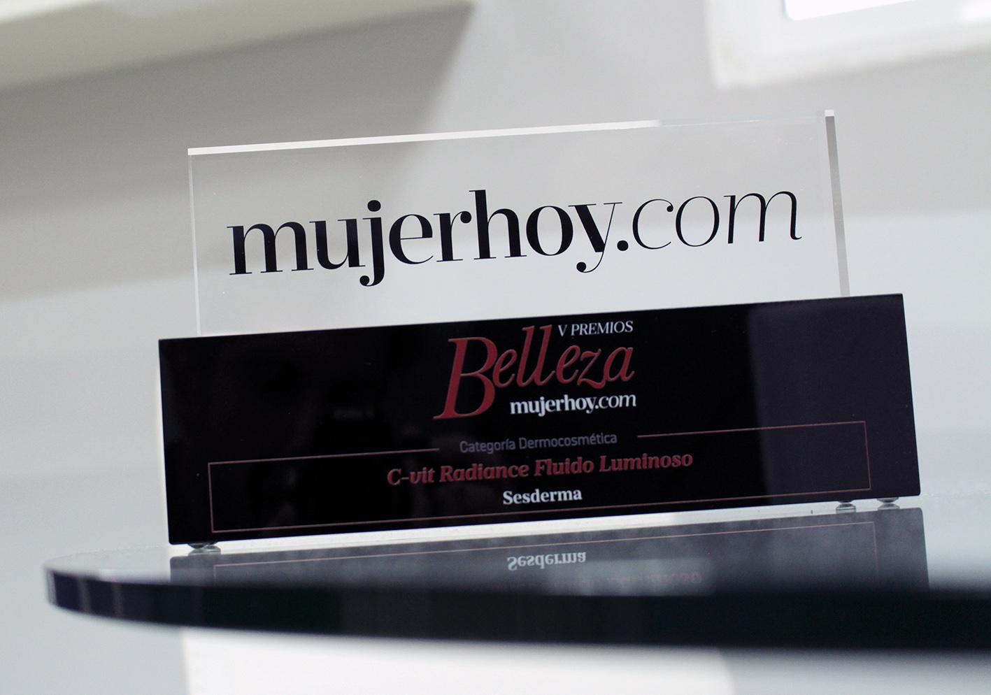 premio_mujerhoy_2016b