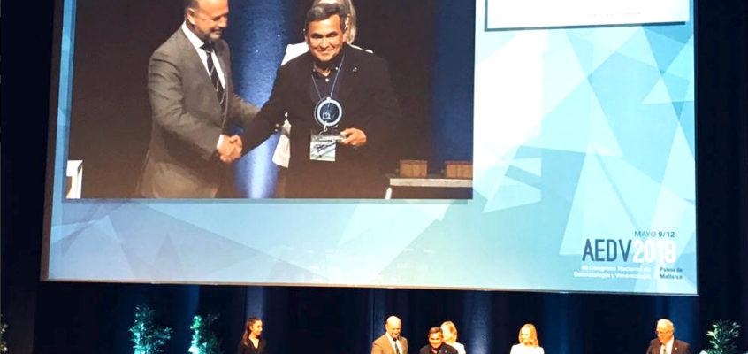 Dr. Gabriel Serrano awarded by the AEDV