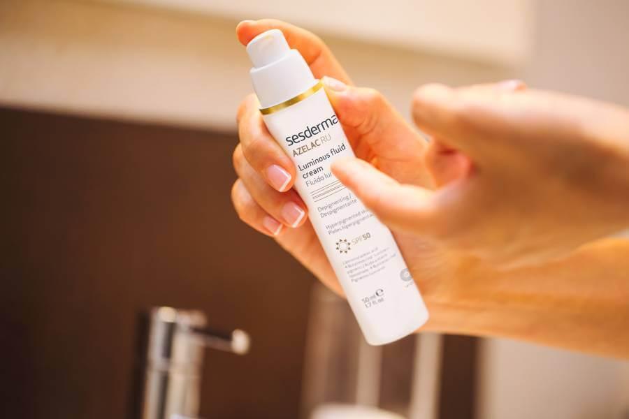 Azelac RU es un producto ideal para eliminar las manchas de la piel